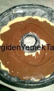 Kakaolu Kek Pişmeye Hazır
